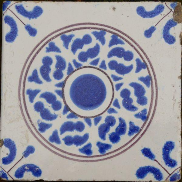 antieke ornamenttegel