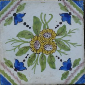 antieke tegel, bloemtegel