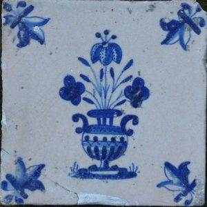 antieke tegel bloemenvaastegel