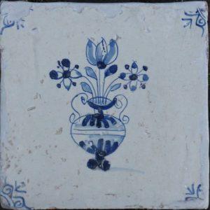 antieke bloemenvaastegel