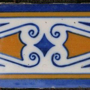 Antieke ornamenttegel,