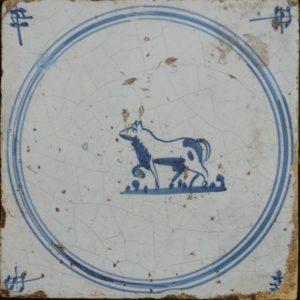 antieke diertegel springertje
