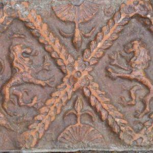 antieke haardtegel